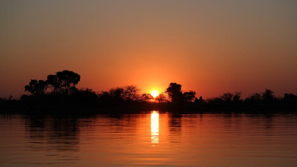 Wunderschöner Sonnenuntergang im Delta sunset