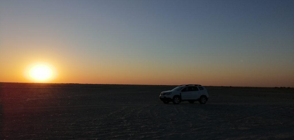 Sonnenuntergang Makgadikgadi Salzpfannen